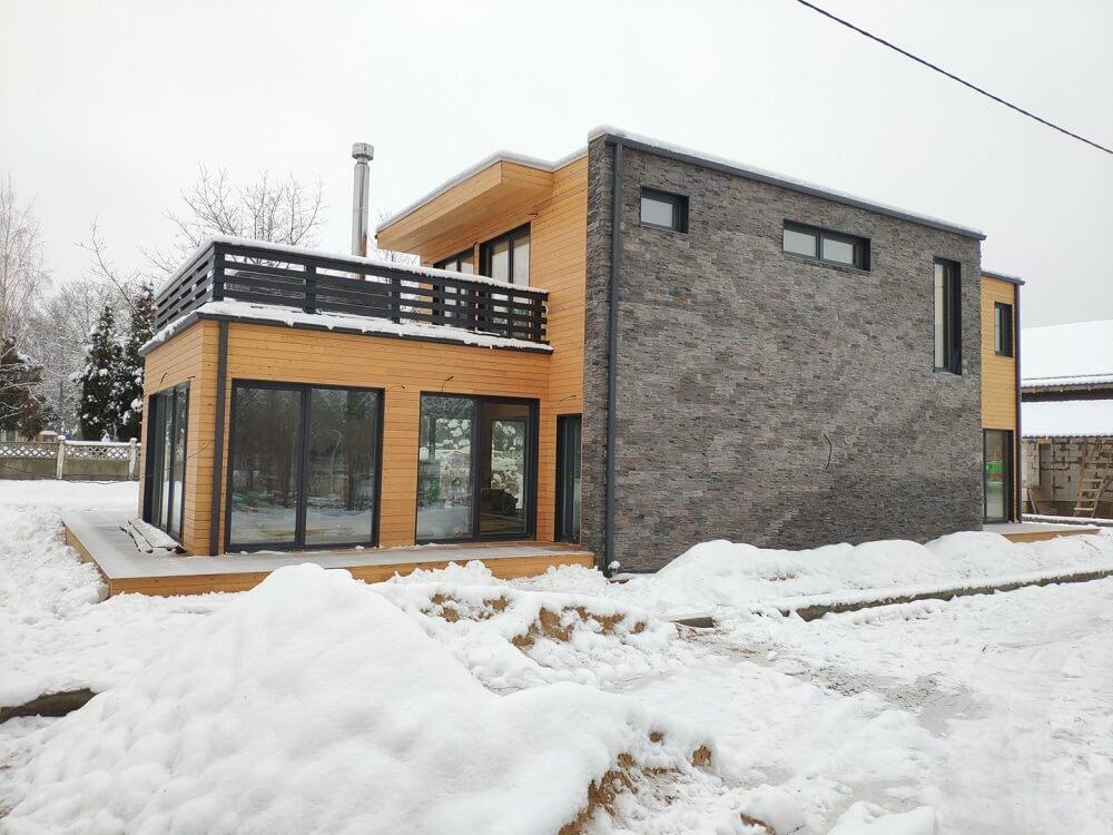 skydiniu karkasiniu namu statyba